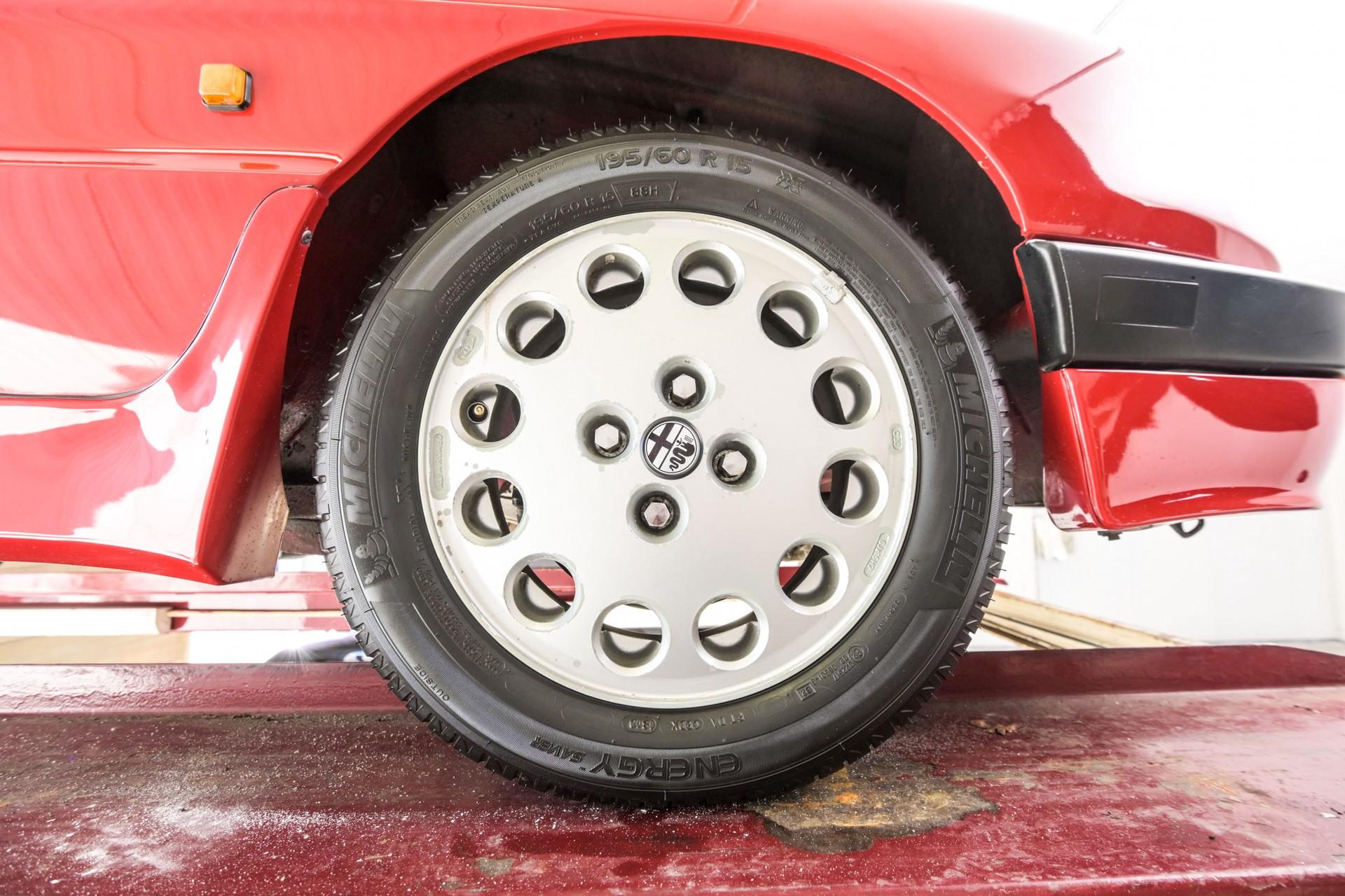 Alfa Romeo Spider 2.0 QV quadrifoglio verde slechts 75.000 KM! Foto 78