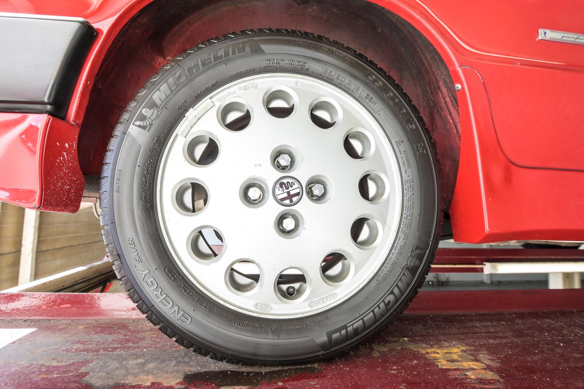 Alfa Romeo Spider 2.0 QV quadrifoglio verde slechts 75.000 KM! Foto 79