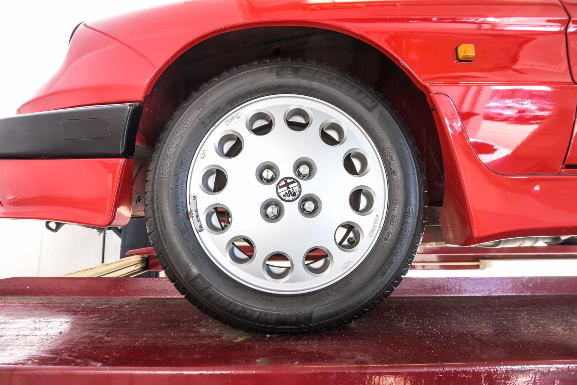 Alfa Romeo Spider 2.0 QV quadrifoglio verde slechts 75.000 KM! Foto 81