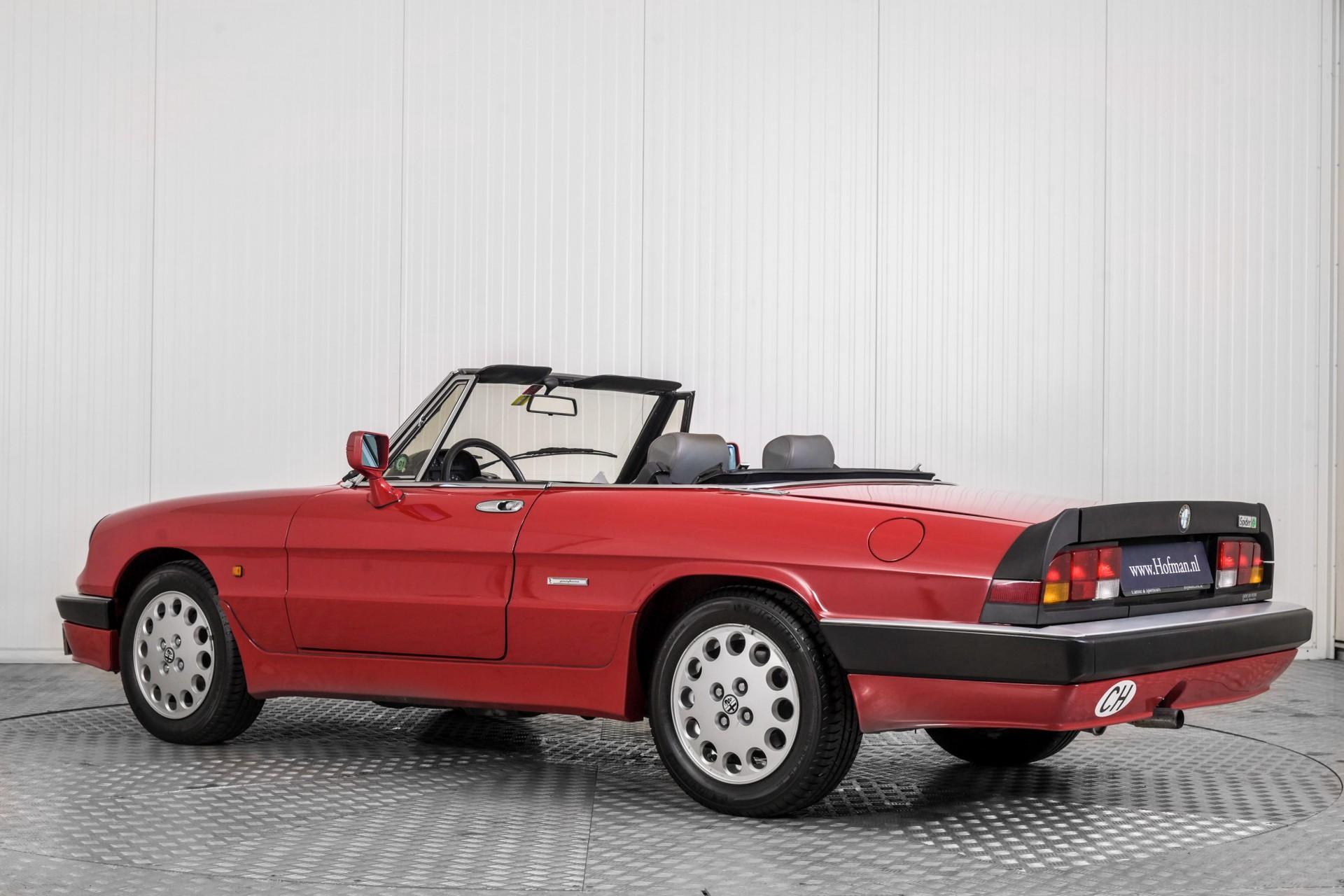 Alfa Romeo Spider 2.0 QV quadrifoglio verde slechts 75.000 KM! Foto 9