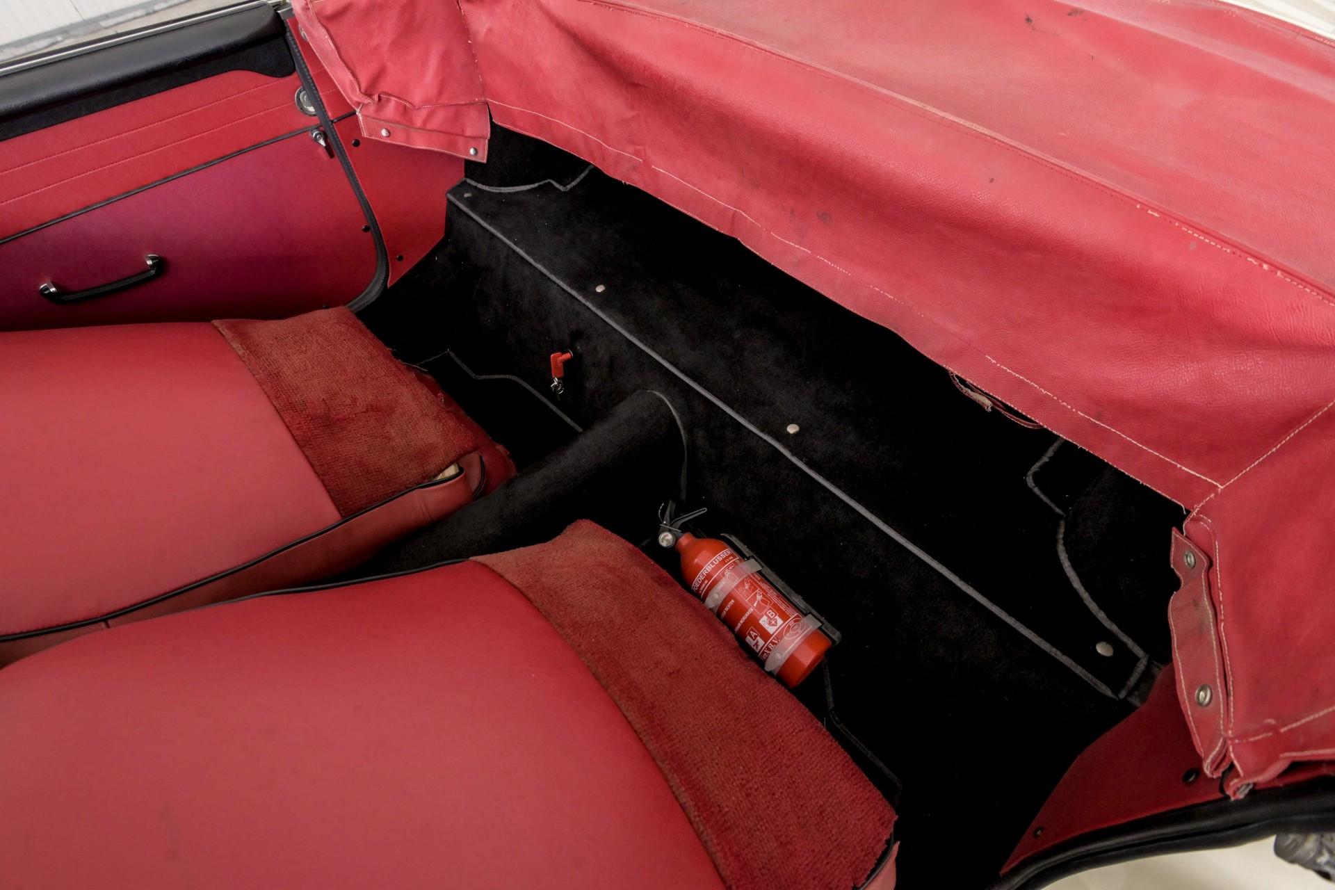 MG B MGB 1.8 Roadster lepeldeur Foto 30