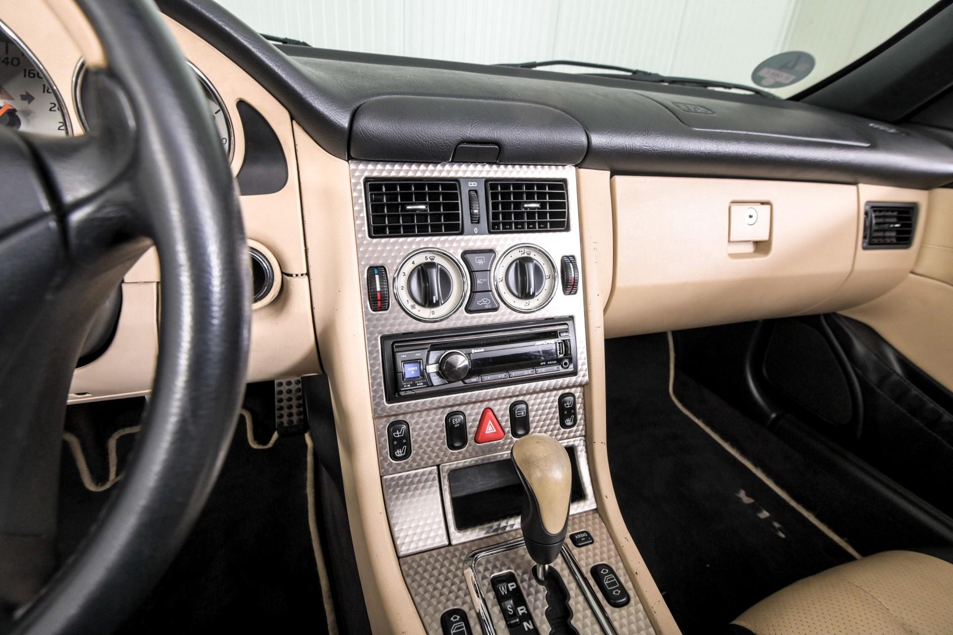 Mercedes-Benz SLK 230 K. Foto 14