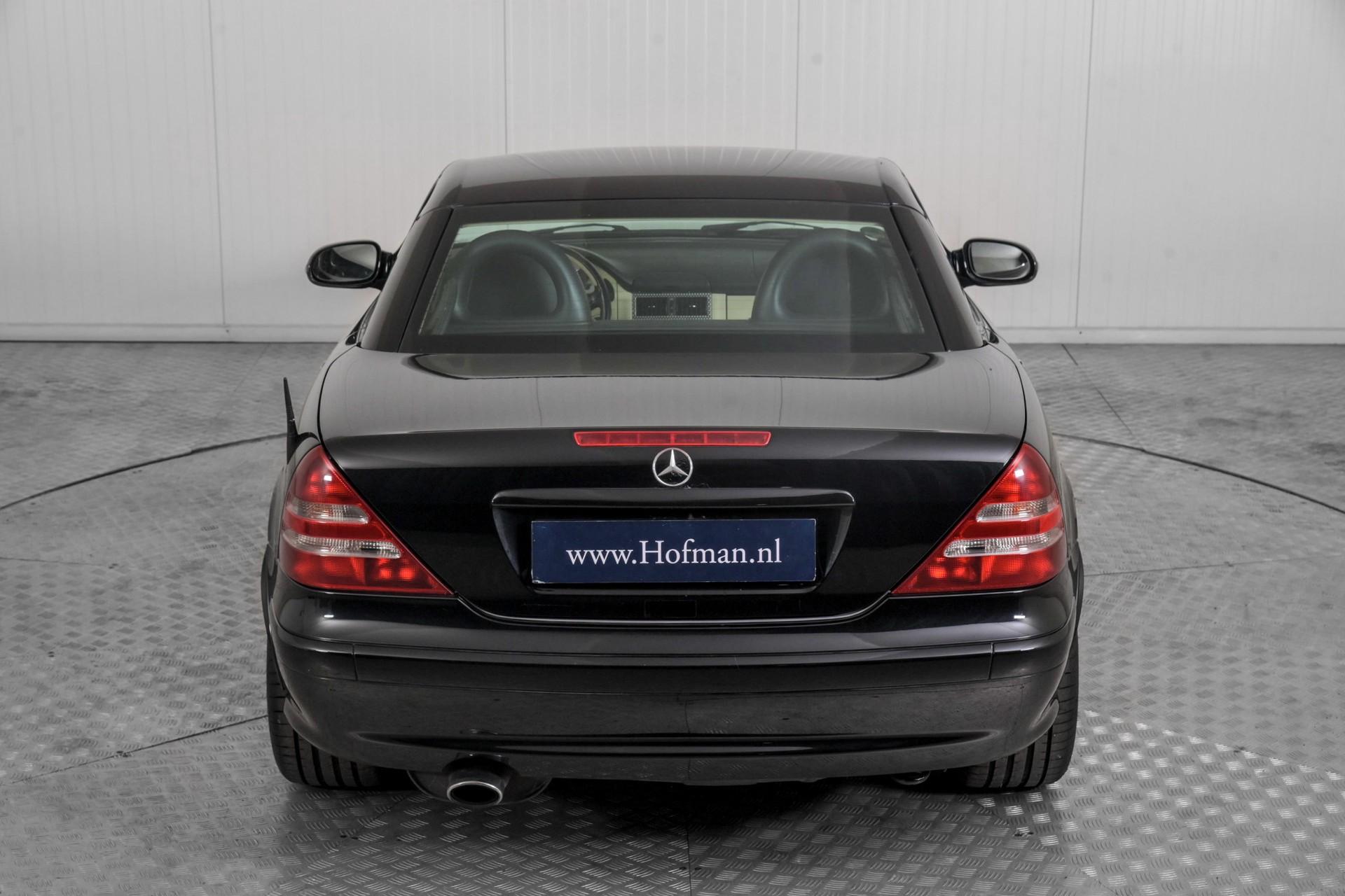 Mercedes-Benz SLK 230 K. Foto 28