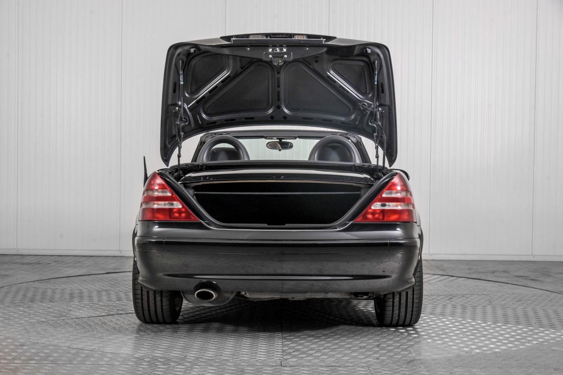 Mercedes-Benz SLK 230 K. Foto 40
