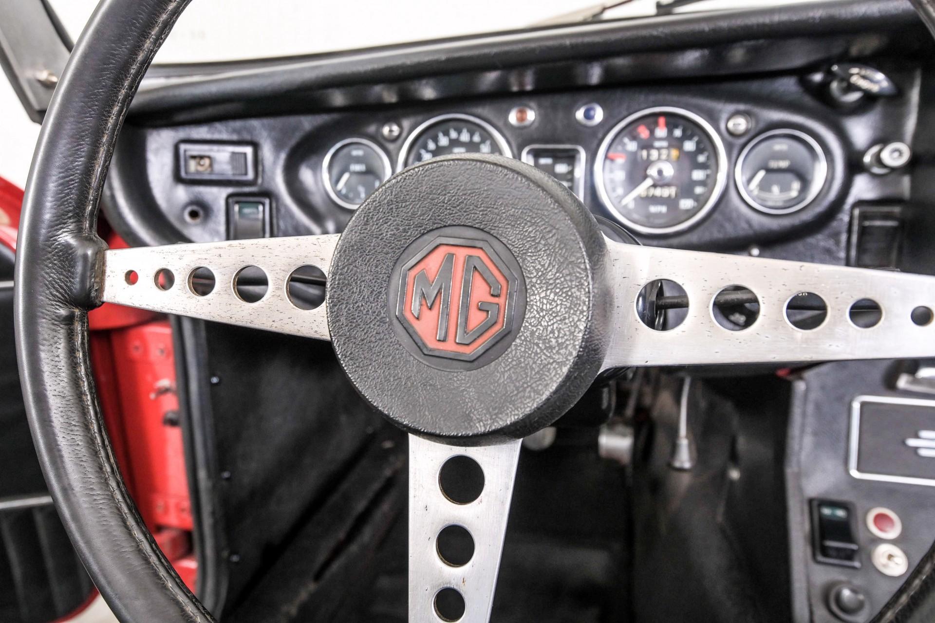 MG B 1.8 Roadster Foto 18