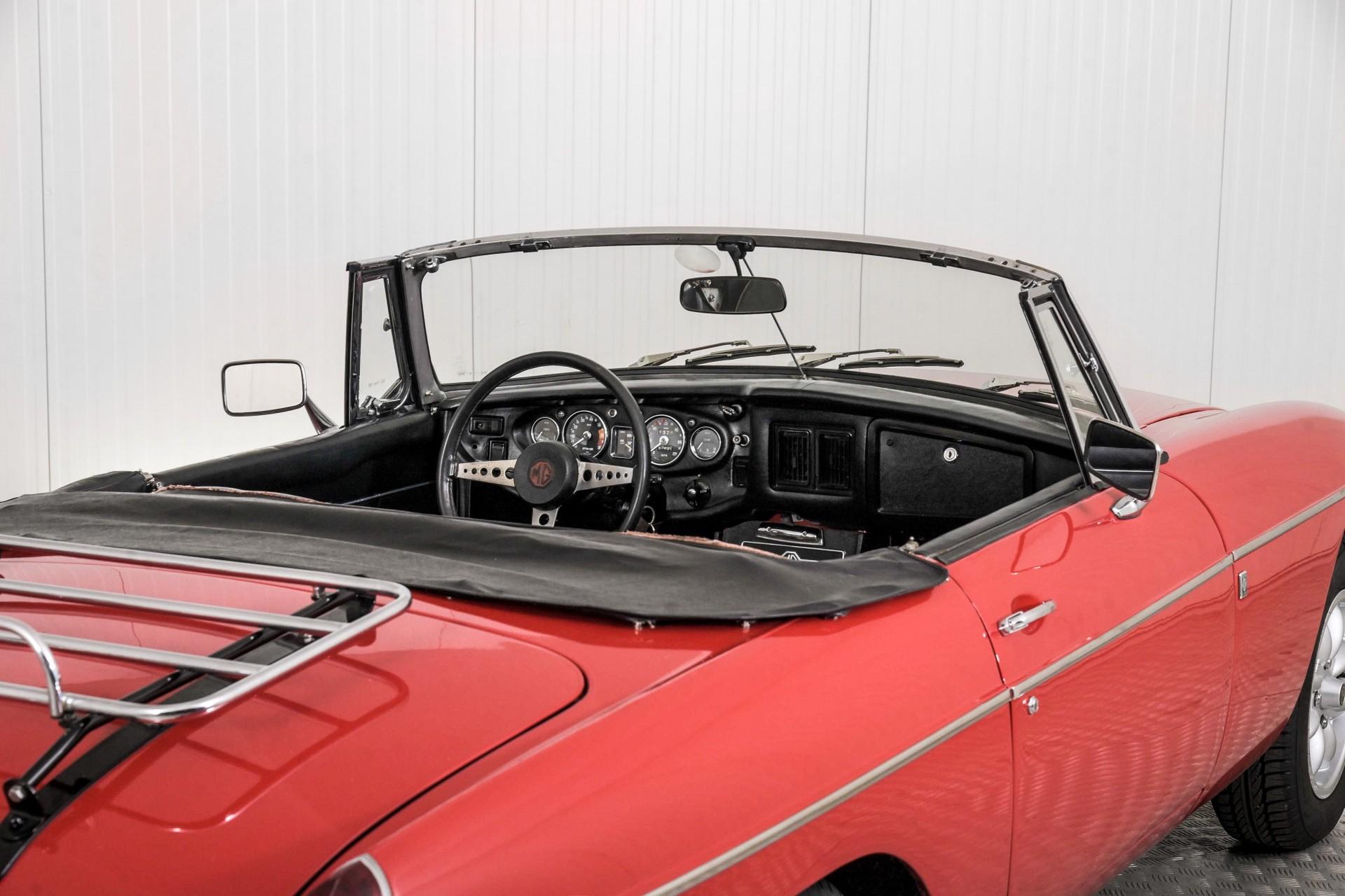 MG B 1.8 Roadster Foto 46