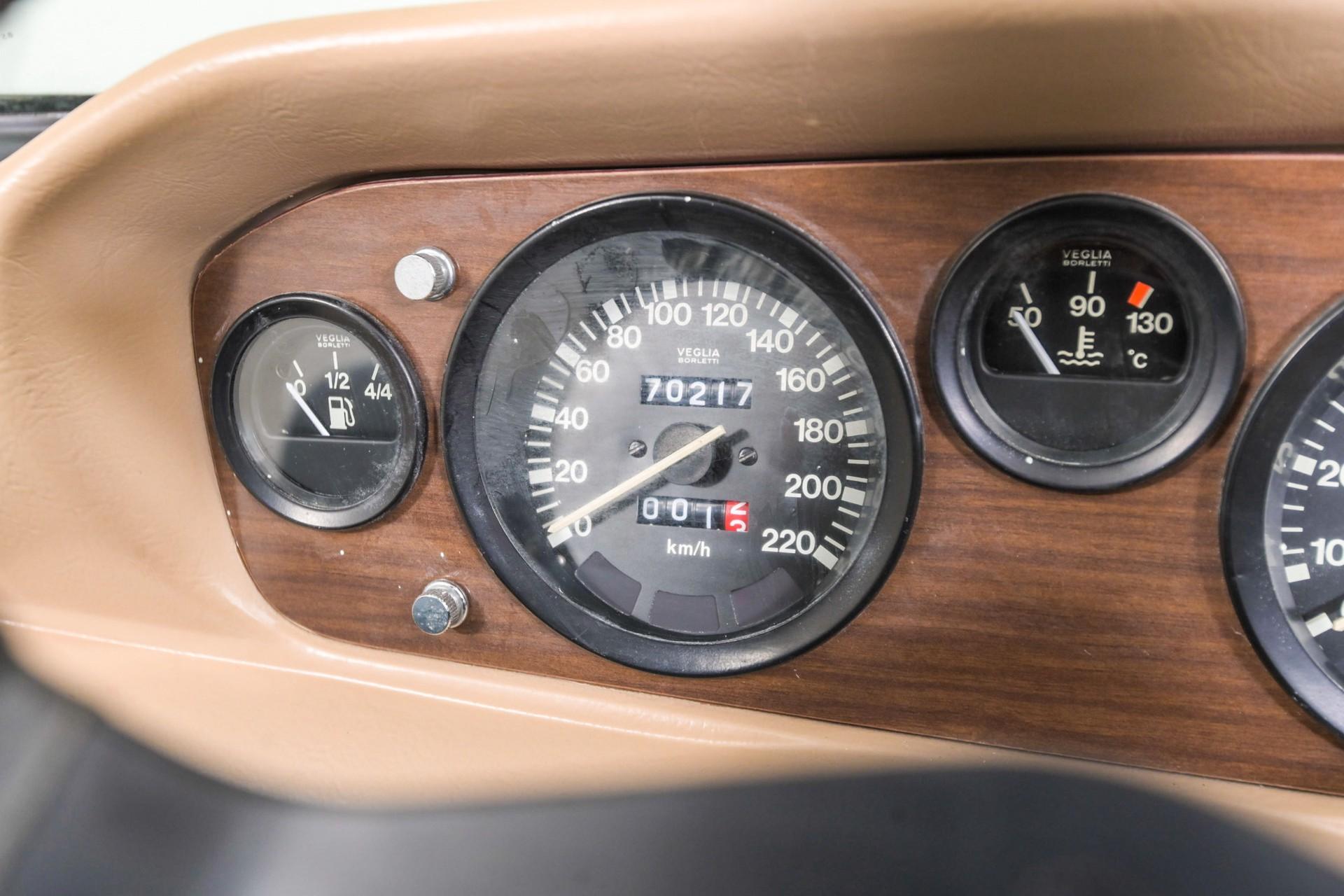 Fiat 124 Spider 2000 Foto 17