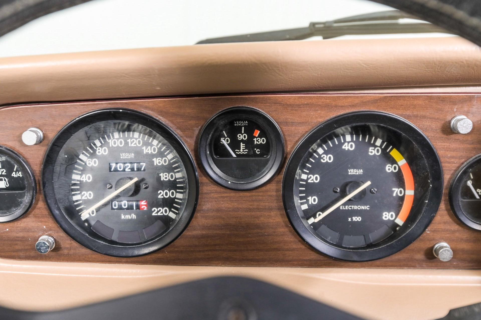 Fiat 124 Spider 2000 Foto 18