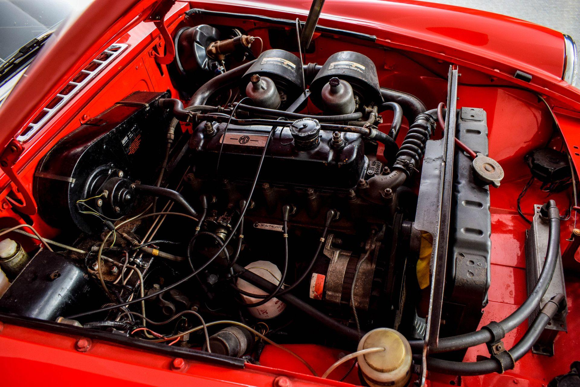 MG B MGB Roadster Foto 32