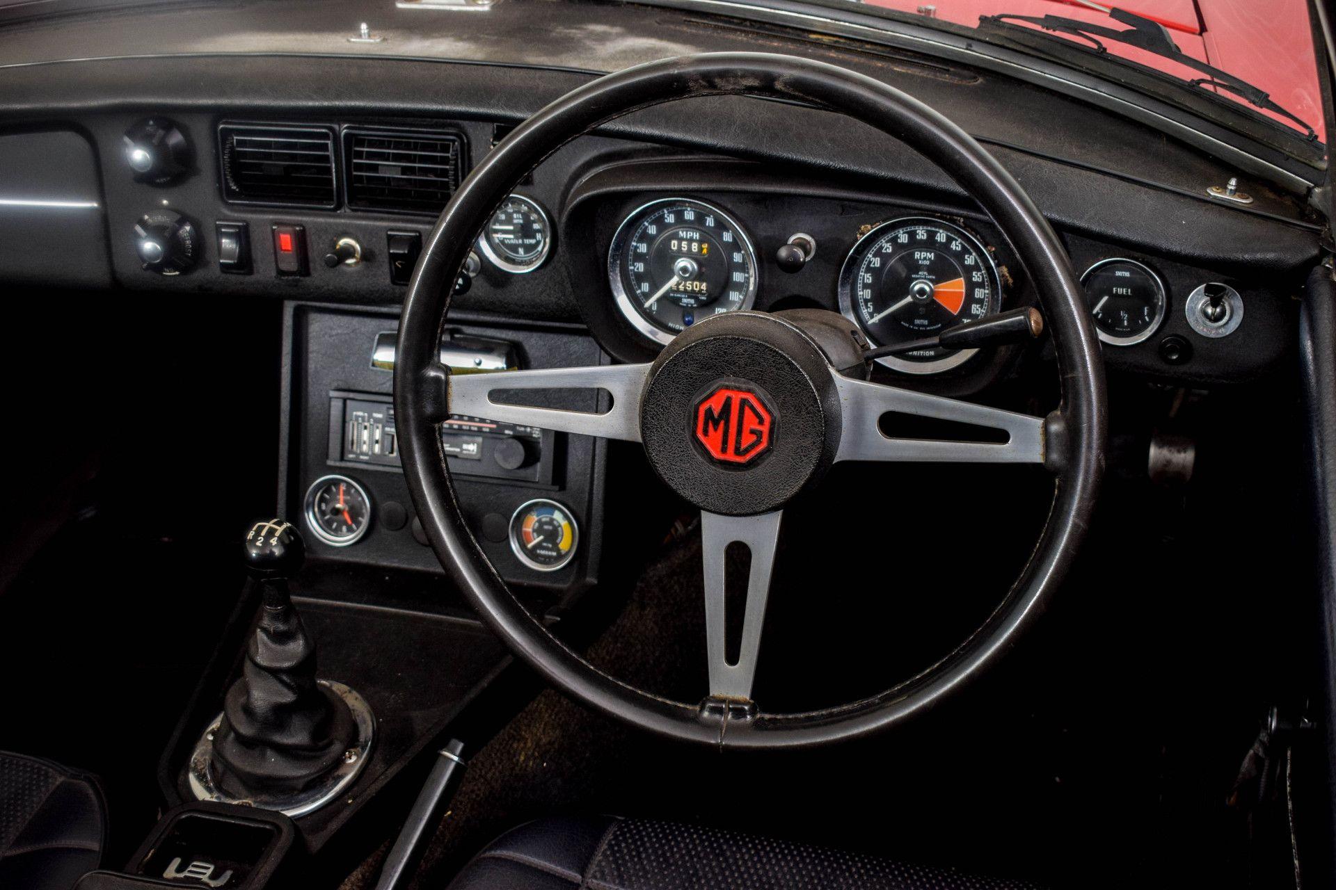 MG B MGB Roadster Foto 38