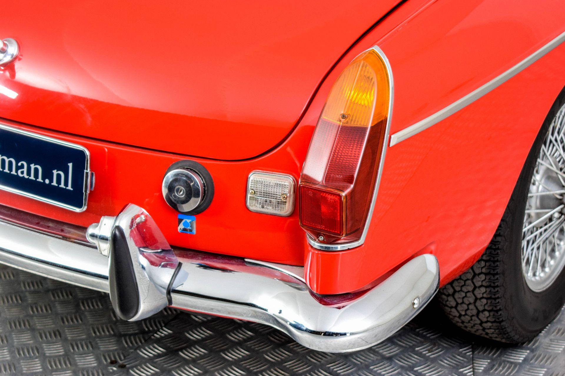 MG B MGB Roadster Foto 39