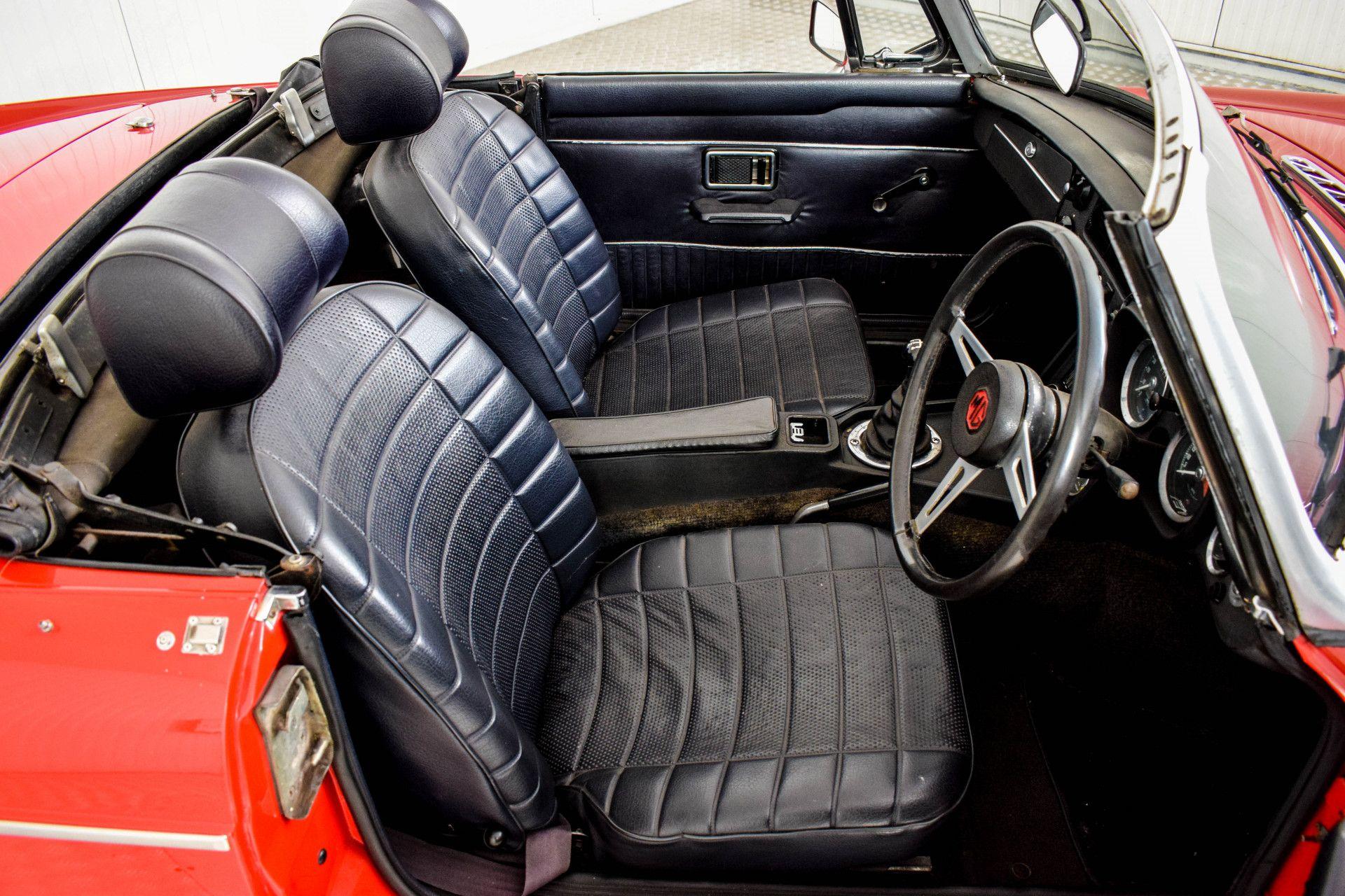 MG B MGB Roadster Foto 41