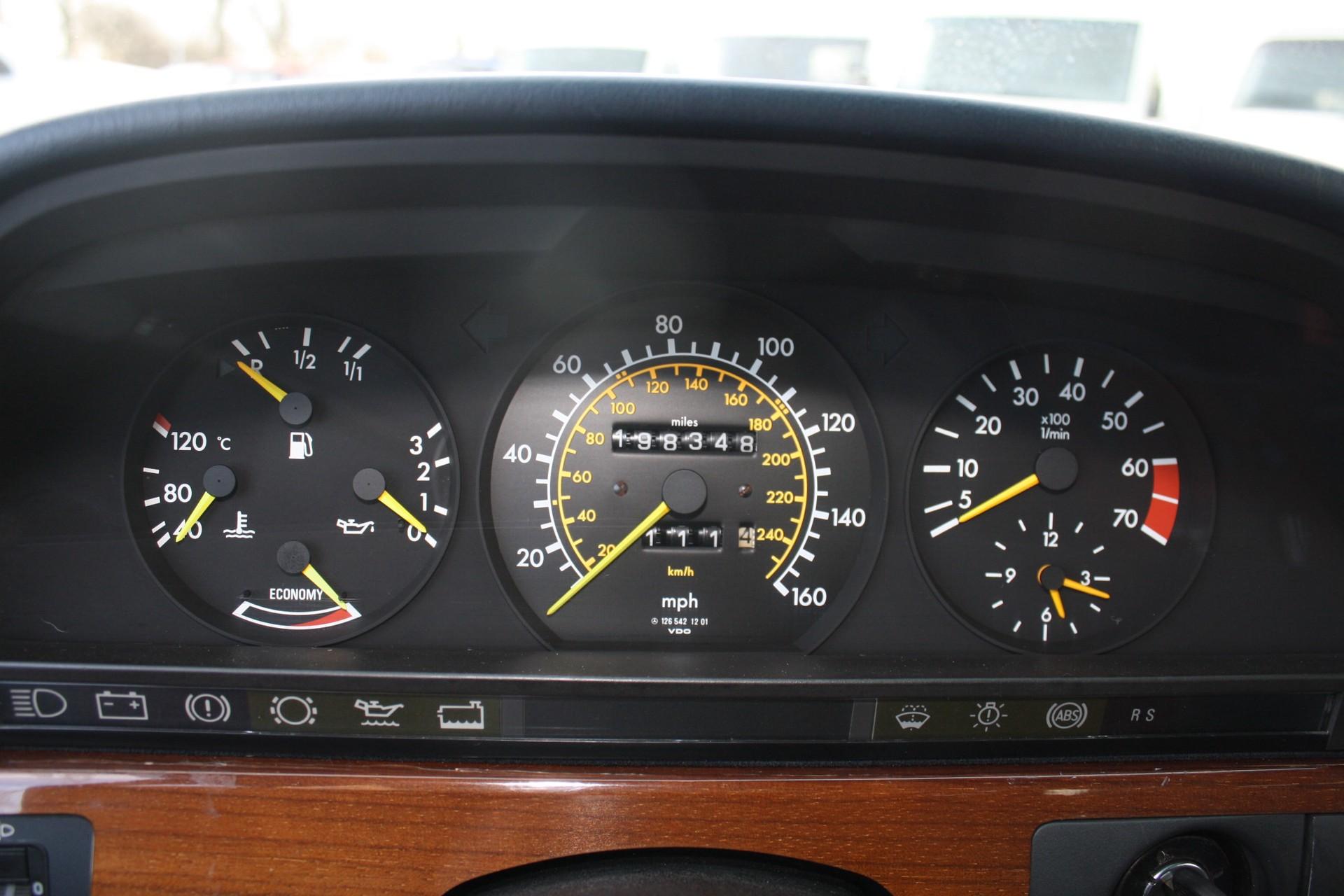 Mercedes-Benz S-Klasse 420 SEL Foto 7