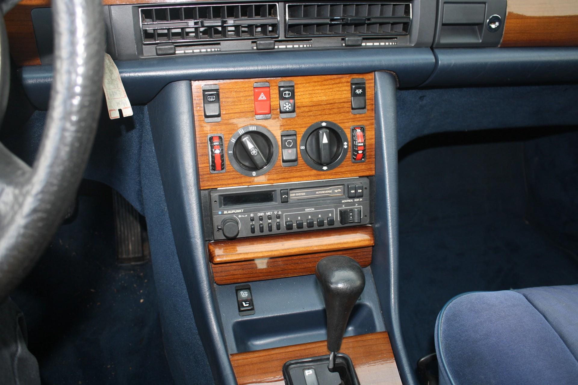 Mercedes-Benz S-Klasse 420 SEL Foto 8