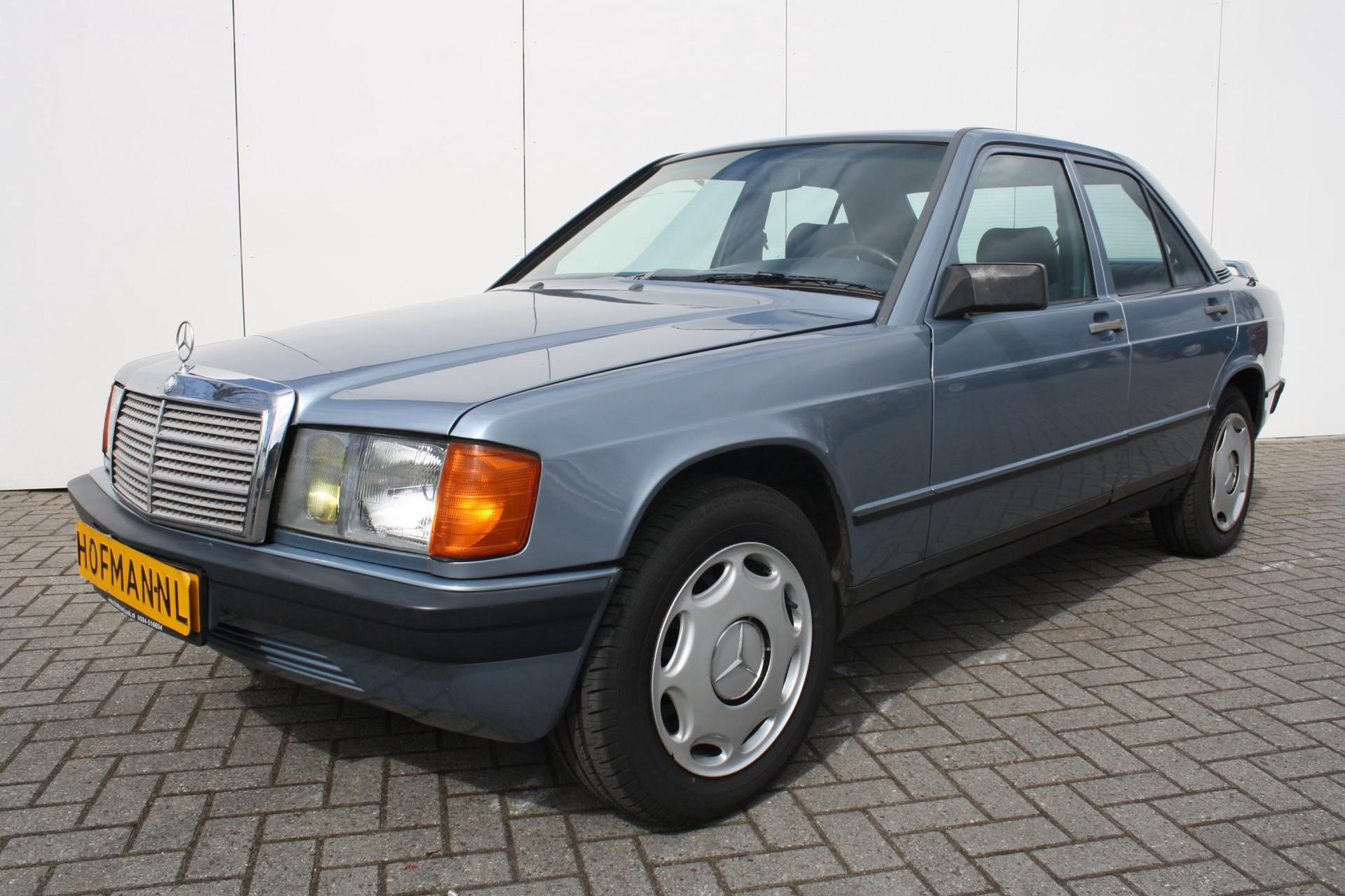 Mercedes-Benz 190 2.5 D Foto 10