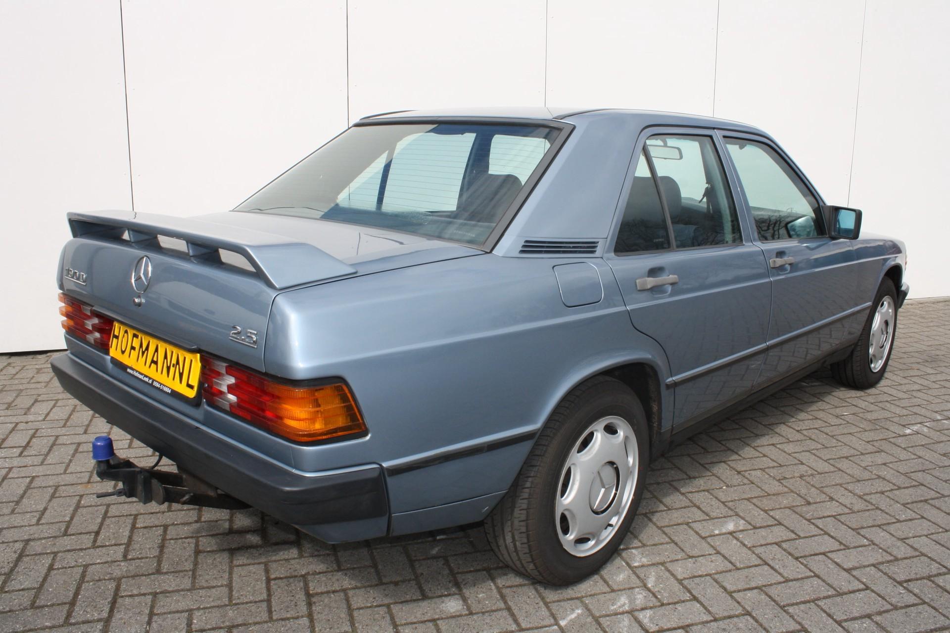 Mercedes-Benz 190 2.5 D Foto 2