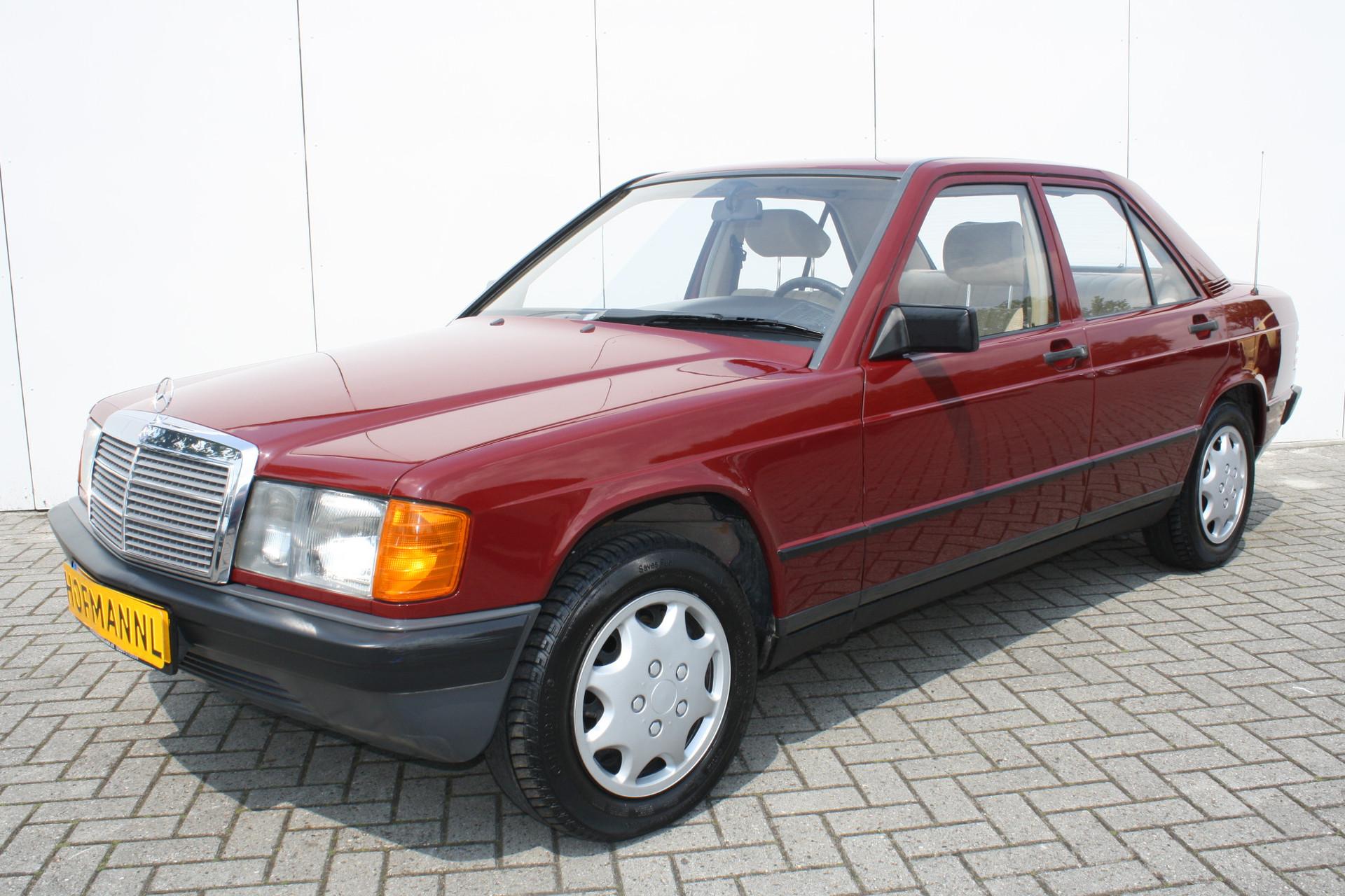 Mercedes-Benz 190 2.0 D maar 136000 km! Foto 1