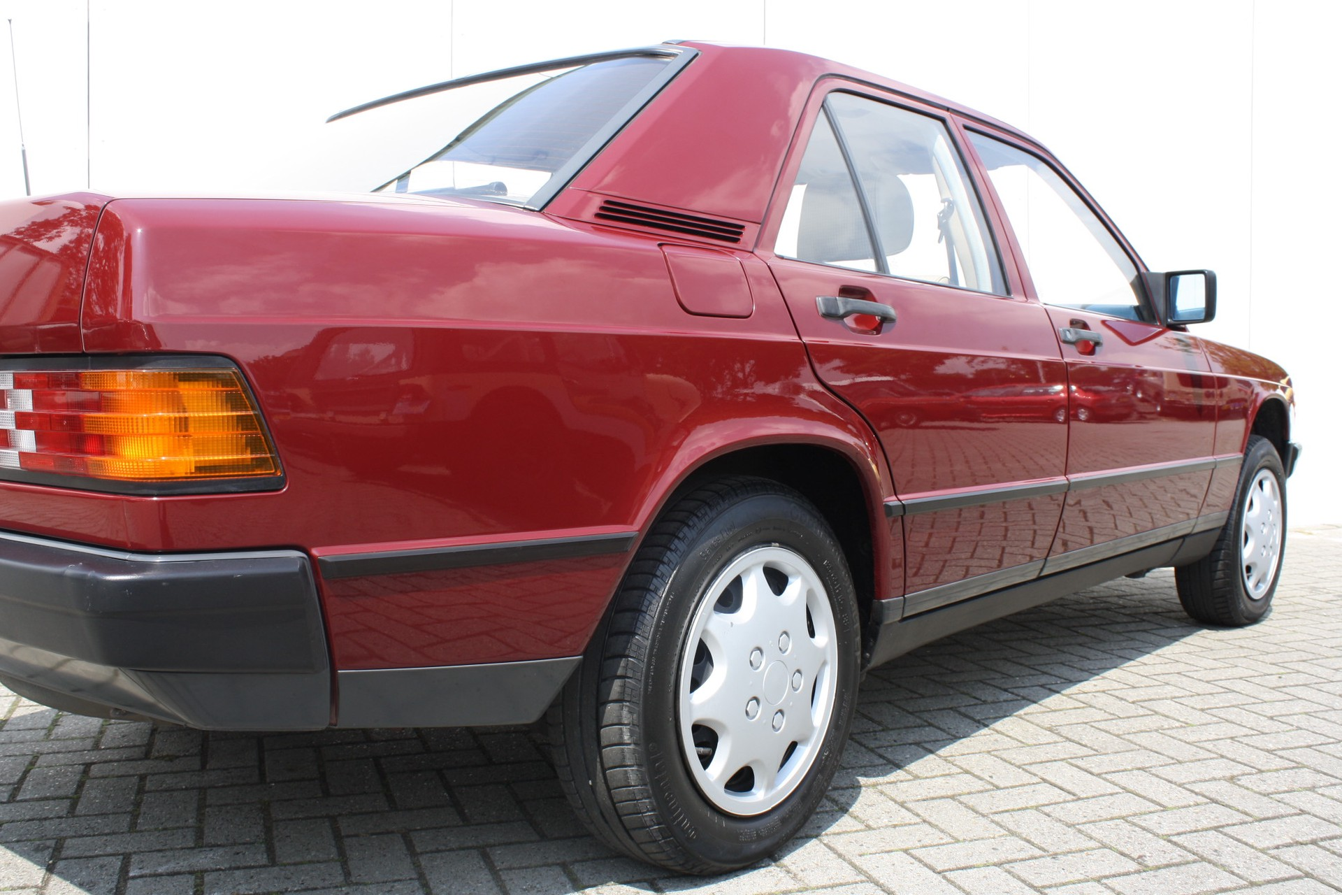 Mercedes-Benz 190 2.0 D maar 136000 km! Foto 14