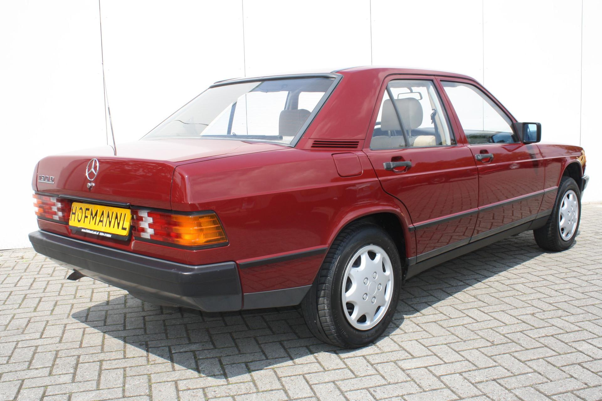 Mercedes-Benz 190 2.0 D maar 136000 km! Foto 2