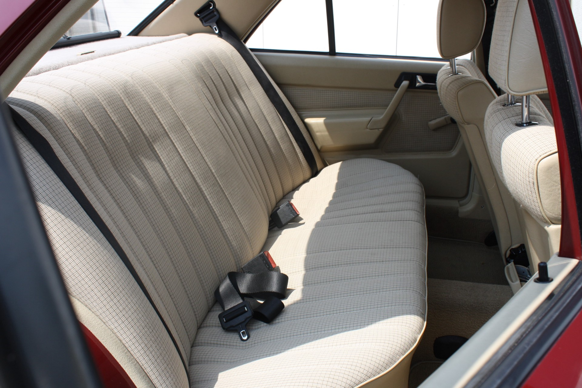 Mercedes-Benz 190 2.0 D maar 136000 km! Foto 9