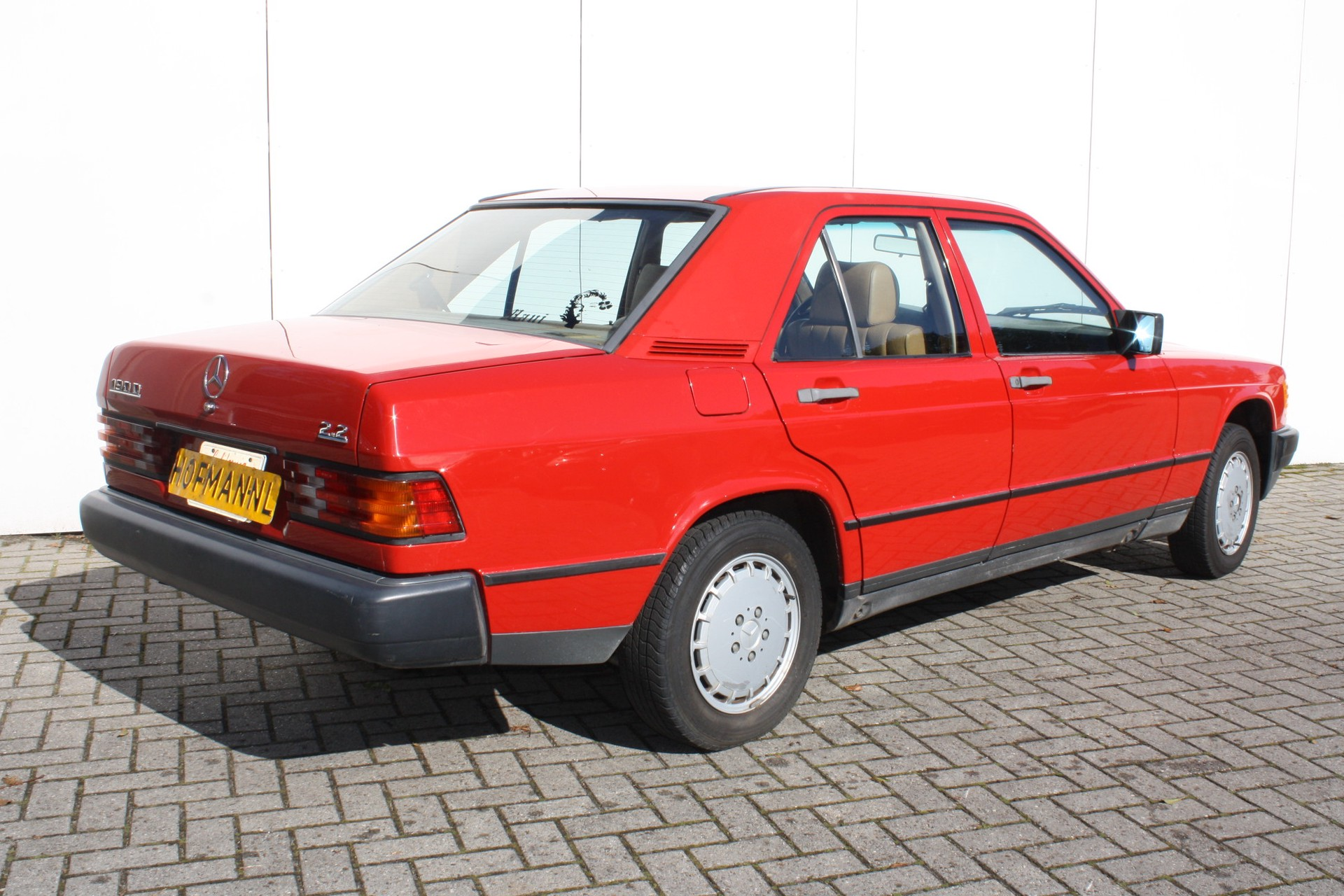 Mercedes-Benz 190 2.2 D Foto 4
