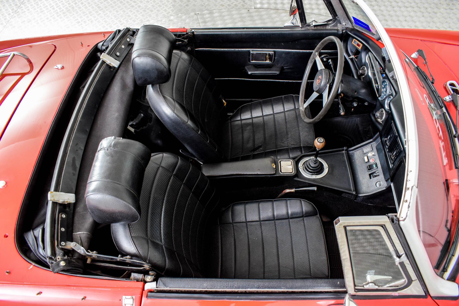MG B MGB Roadster Foto 49