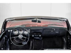 Chevrolet Corvair Convertible thumbnail 10