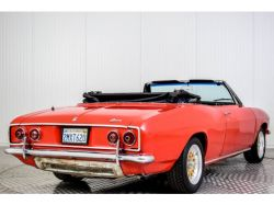 Chevrolet Corvair Convertible thumbnail 12
