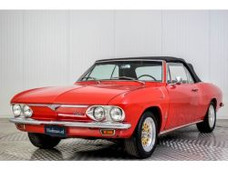 Chevrolet Corvair Convertible thumbnail 13
