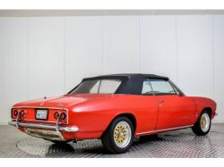 Chevrolet Corvair Convertible thumbnail 27