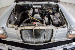 Mercedes-Benz 200-serie 240 D thumbnail 10