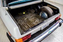 Mercedes-Benz 200-serie 240 D thumbnail 22