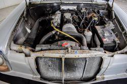 Mercedes-Benz 200-serie 240 D thumbnail 39