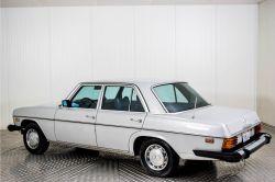 Mercedes-Benz 200-serie 240 D thumbnail 43