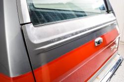 Chevrolet Silverado Suburban thumbnail 18