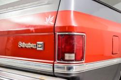 Chevrolet Silverado Suburban thumbnail 28