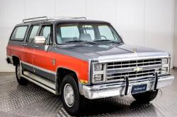 Chevrolet Silverado Suburban thumbnail 31