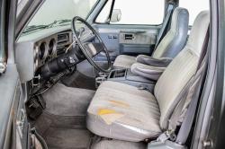 Chevrolet Silverado Suburban thumbnail 5