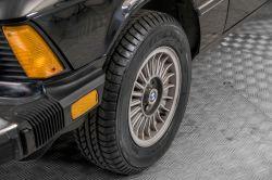 BMW 3 Serie 320i thumbnail 25