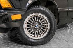 BMW 3 Serie 320i thumbnail 4