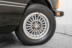 BMW 3 Serie 320i thumbnail 40