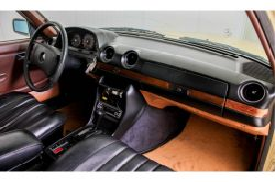 Mercedes-Benz 200-serie 300 TD Automaat thumbnail 16