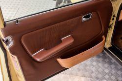 Mercedes-Benz 200-serie 300 TD Automaat thumbnail 17