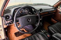 Mercedes-Benz 200-serie 300 TD Automaat thumbnail 20