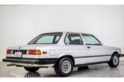 BMW 3 Serie 320i thumbnail 2