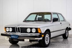 BMW 3 Serie 320i thumbnail 24