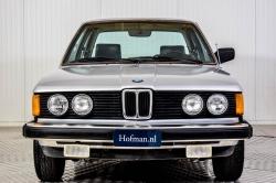 BMW 3 Serie 320i thumbnail 3