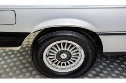 BMW 3 Serie 320i thumbnail 41