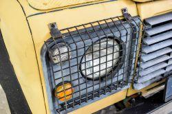 Land Rover Defender 90 2.5 TDi Automaat thumbnail 16