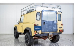 Land Rover Defender 90 2.5 TDi Automaat thumbnail 8